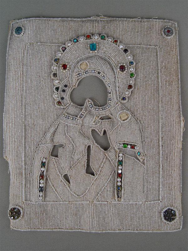 Оклад для иконы Богородицы, холст, вышивка бисером, жемчуг, стекла, XIXвек, 29,5×24,5см