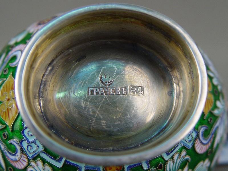 Ковш, серебро 84пробы, эмаль, золочение, общий вес— 166,57г, клеймо «Грачев», длина— 12см