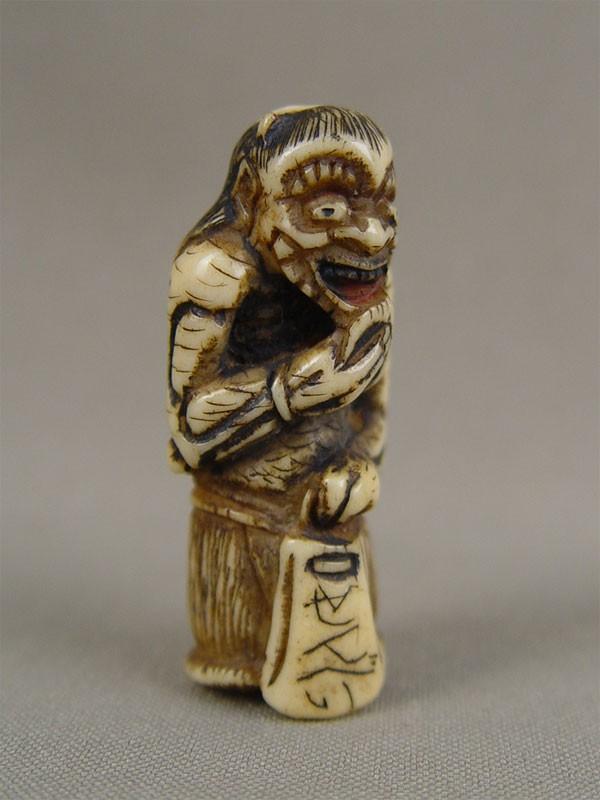Нэцкэ «Они», кость, резьба. Япония, XIXвек, высота— 5см