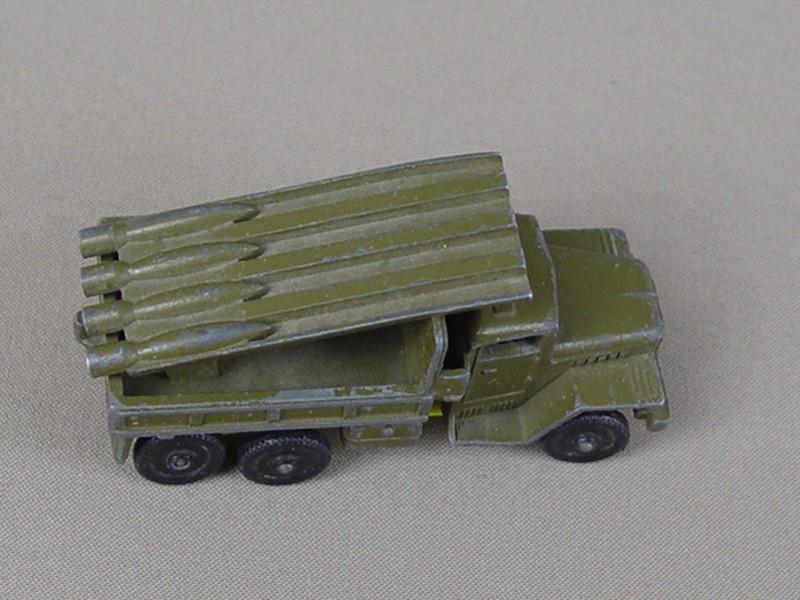 Антиквариат. советские игрушки. автомобиль Игрушка «Катюша». великая отечественная война