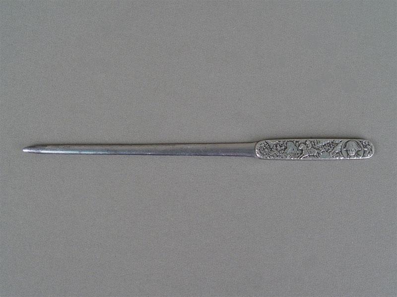 Нож для бумаги «Война 1812года», металл. Россия, начало XXвека, длина— 23,5см
