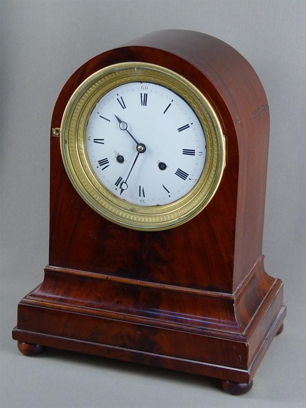 Антиквариат. антикварные Часы каминные, красное дерево