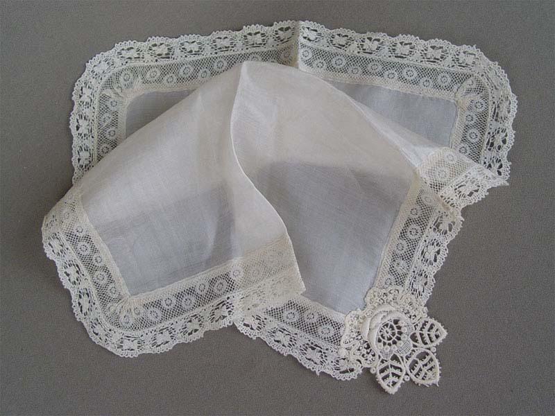 Антиквариат. Старинный носовой платок