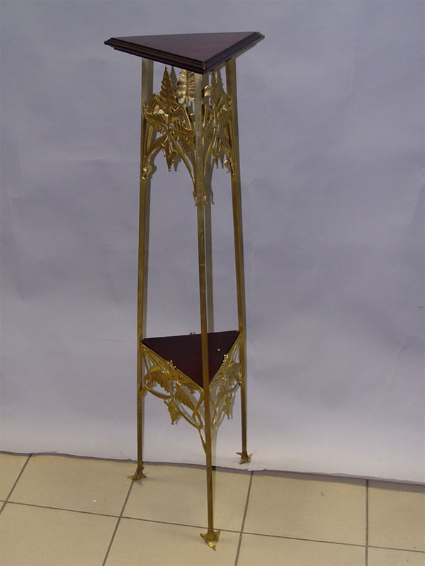 Жардиньерка в стиле модерн, бронза, дерево, высота 114см, верх 36 × 36см