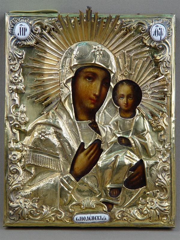 Икона «Пресвятая Богородица Смоленская», дерево, масло, оклад серебро 84пробы, позолота, эмалевые накладки, 1850-е годы, 22×18см