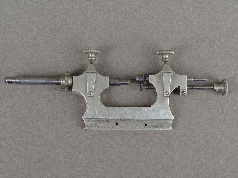 Антиквариат. старинные часовые инструменты