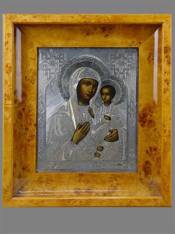 Икона «Пресвятая Богородица Иверская», дерево, масло, XIXвек, оклад серебро 84пробы, 27×22см; киот