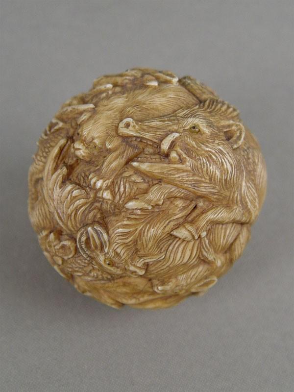 Антиквариат. Окимоно «костяной Шар. зодиакальные животные», кость