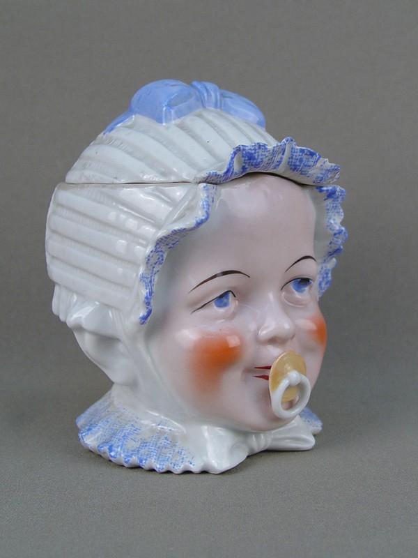 Антиквариат. Шкатулка «Детская головка», старинный фарфор