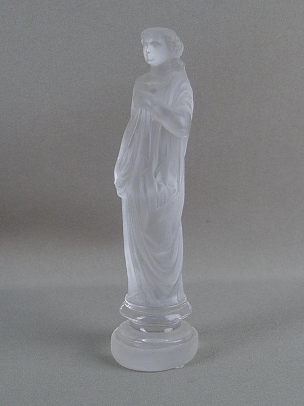 Антиквариат. «Девушка», стекло. Баккара