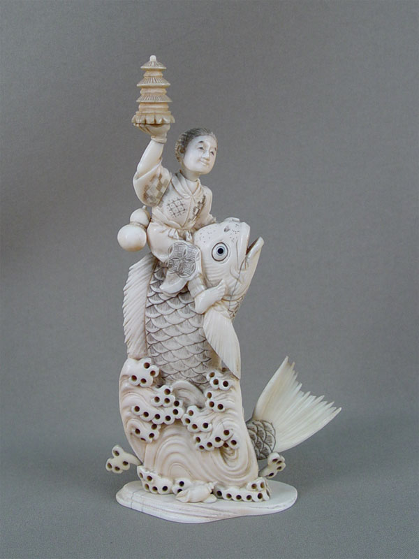 Антиквариат. Окимоно «Кинко. рыба»