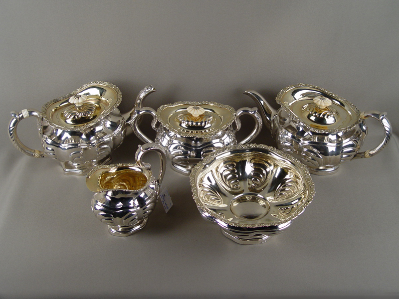 Антиквариат. чайный Сервиз серебро