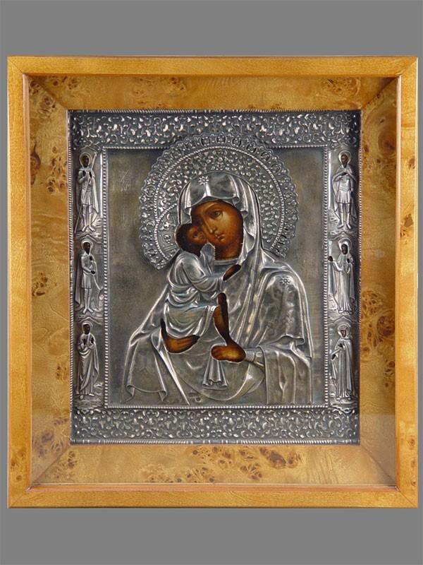 Икона ««Пресвятая Богородица Донская», дерево, смешанная техника; оклад серебро 84пробы, 32×27см, 1867год; киот