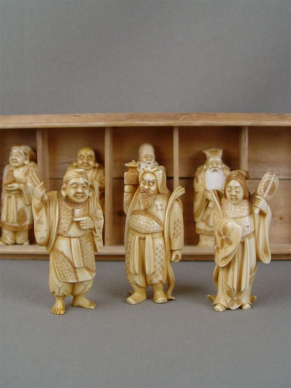 «Семь богов счастья», слоновая кость, резьба. Япония, середина XXвека, высота— 8см