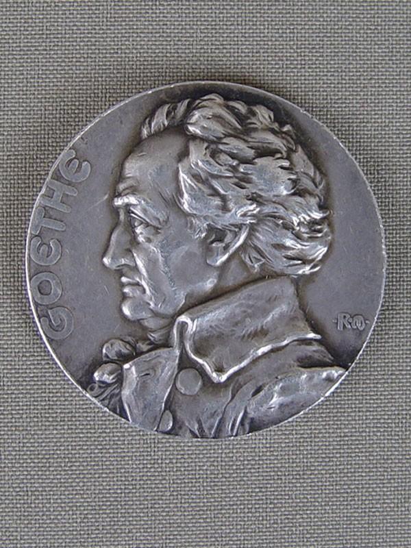 Антиквариат. Настольная медаль «Гёте. Фауст»