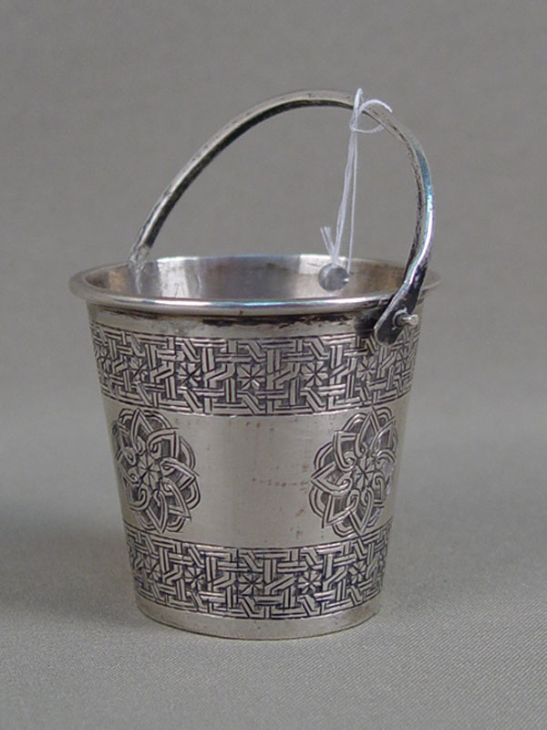 Ведро, серебро 84пробы. Иран, начало XXвека, общий вес— 65г., высота— 5см