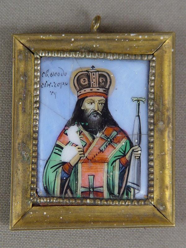 Икона «Святой Феодосий Черниговский», финифть, латунь, XIXвек, 5,3×4,5см (трещины)
