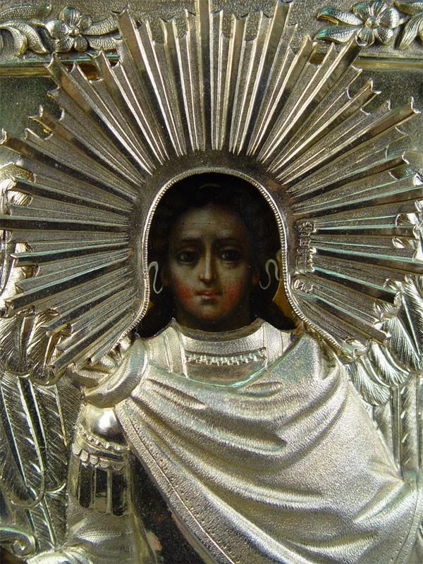 Икона вкиоте «Святой Архангел Михаил», дерево, левкас, темпера; оклад— серебро 84пробы, финифть. 1849год; 30×25,5см