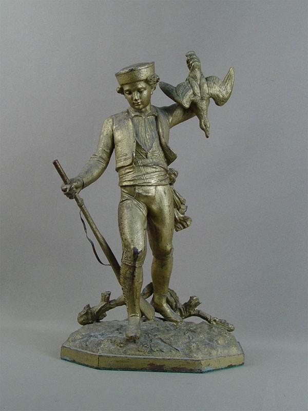 «Охотник сдичью», шпиатр, позолота. Западная Европа, начало XXвека, высота— 36см