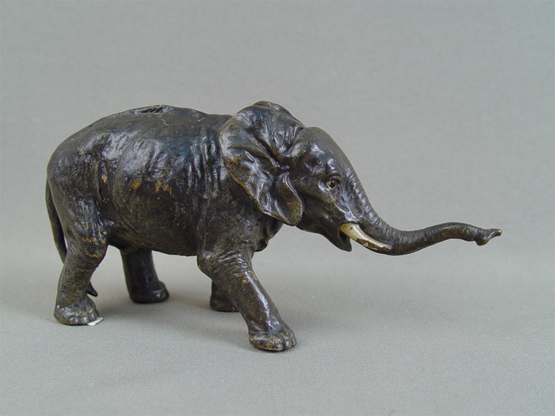Антиквариат. «Слон», «венская бронза»