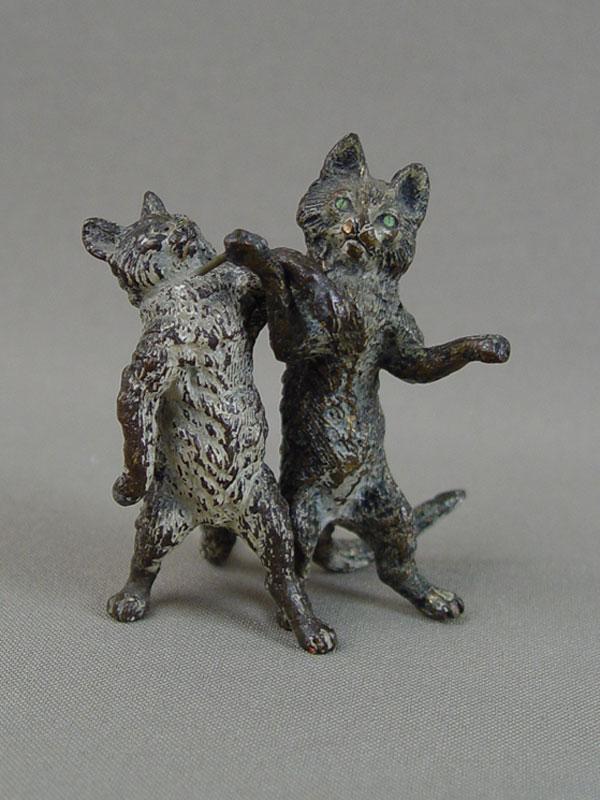Две фигурки «Кот икошка», «венская бронза», высота— 6,5см