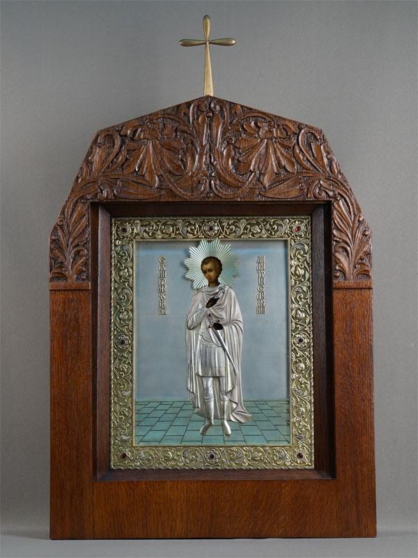 Икона вкиоте «Святой Димитрий Солунский», дерево, левкас, темпера; оклад: серебро84°, эмаль, алмазы; начало XXвека, размер иконы: 33×25см. Атрибуция.
