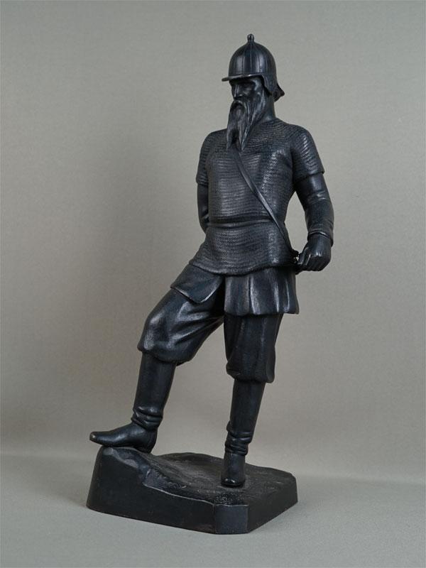 Скульптура «Ермак», чугун, литье, покраска. Касли, 1964год, высота— 46,5см, автор Забелло