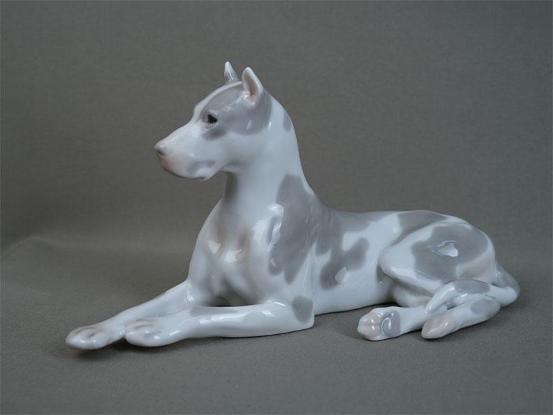 Антиквариат. «собака Дог», советский фарфор, ЛФЗ