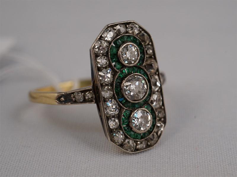 Антиквариат. Кольцо, золото 583 пробы, бриллиант, бриллианты, ар-деко, арт-деко, старая огранка, зеленое стекло
