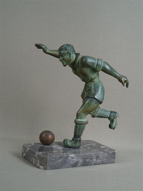 Антиквариат. «Футболист» футбол спорт спортсмен