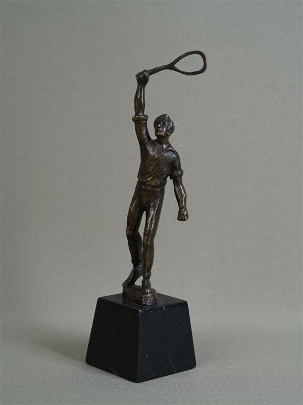 Антиквариат. «Теннисист» теннис. спорт. спортсмен