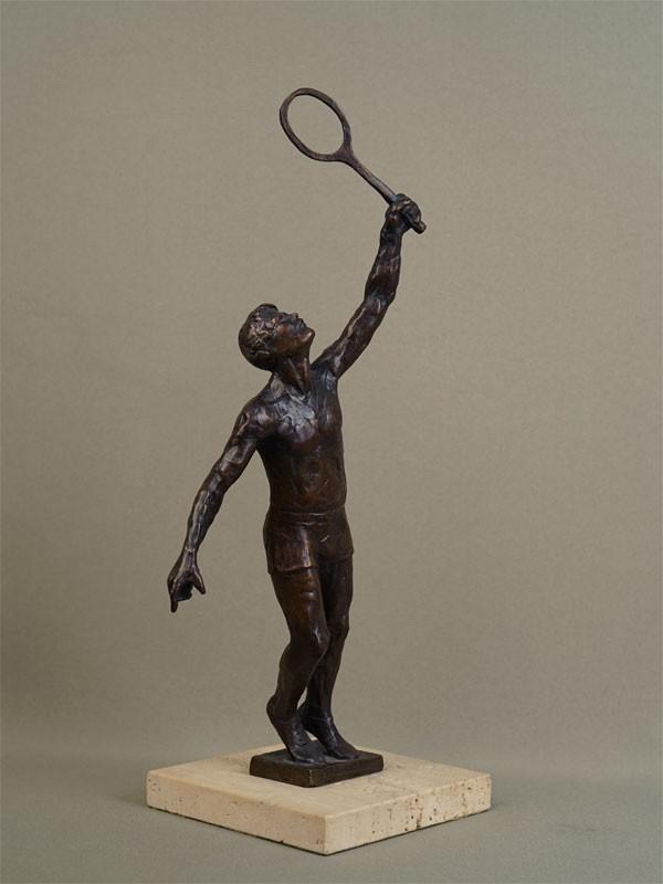 «Теннисист», бронза, литье, патинирование; камень,  1976год, высота— 35см