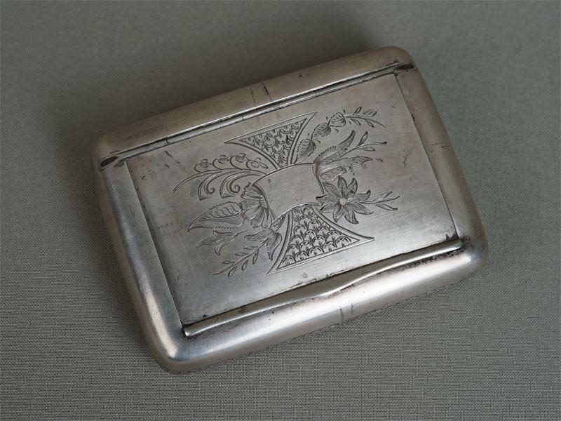 Портсигар, серебро 84пробы, общий вес— 146,77г.
