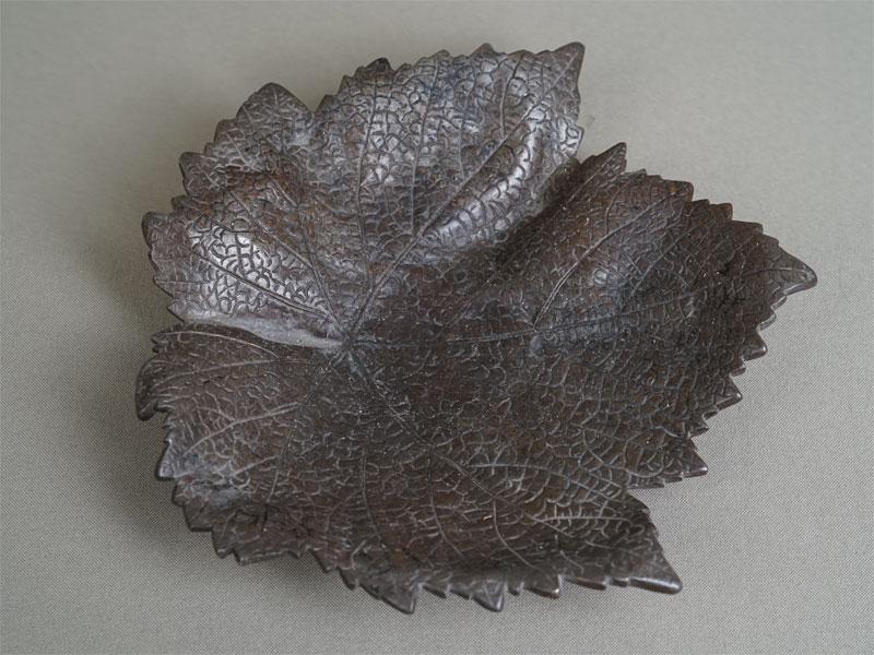 Антиквариат. Пепельница «Кленовый лист», чугунное литье