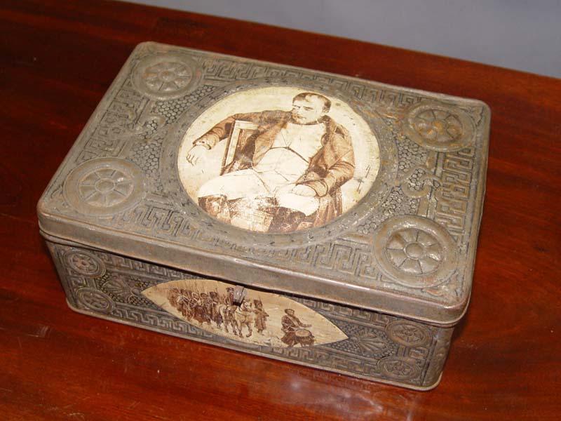 Антиквариат. Коробка «Наполеон», война 1812 года