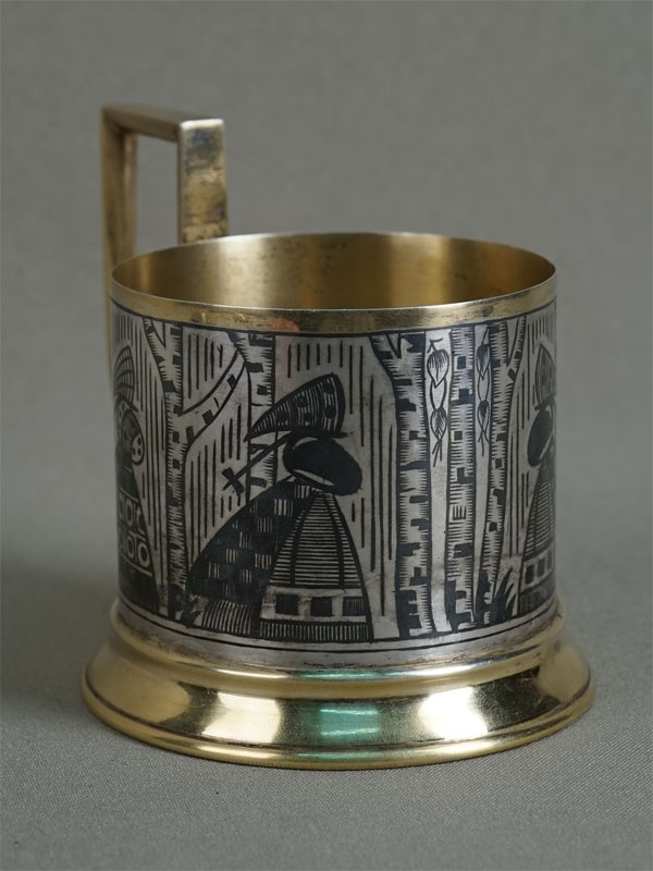Подстаканник «Русские мотивы», серебро 875пробы, чернь, золочение, общий вес— 99,7г.