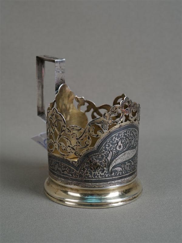 Подстаканник, серебро 875пробы, чернь, золочение, общий вес— 87,08г. Кубачи, середина XXвека