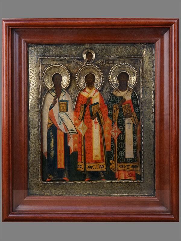 Антиквариат. Икона «Святые Василий Великий, Иоанн Златоуст и Григорий Богослов»