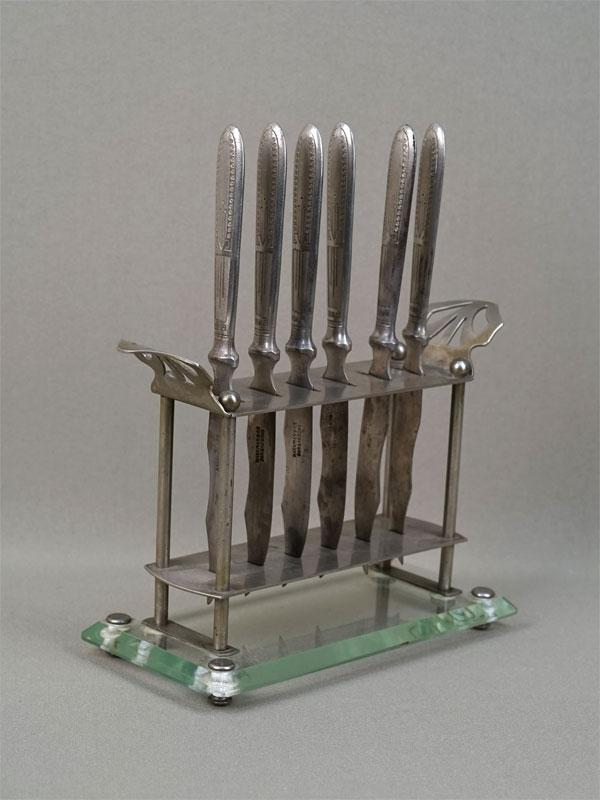 Антиквариат. Ножи десертные модерн
