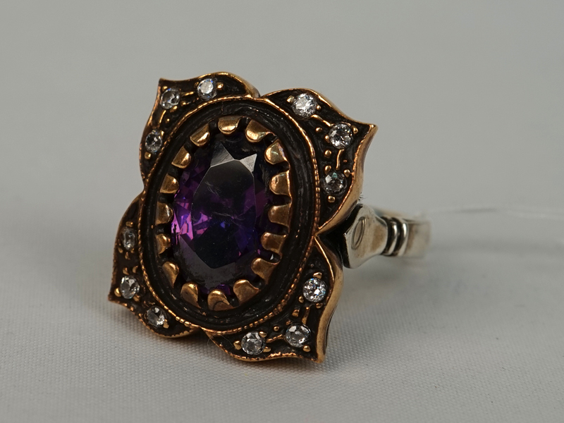 Кольцо,  серебро 925пробы, общий вес— 12,98г. Вставки: фианиты. Размер 17,5.