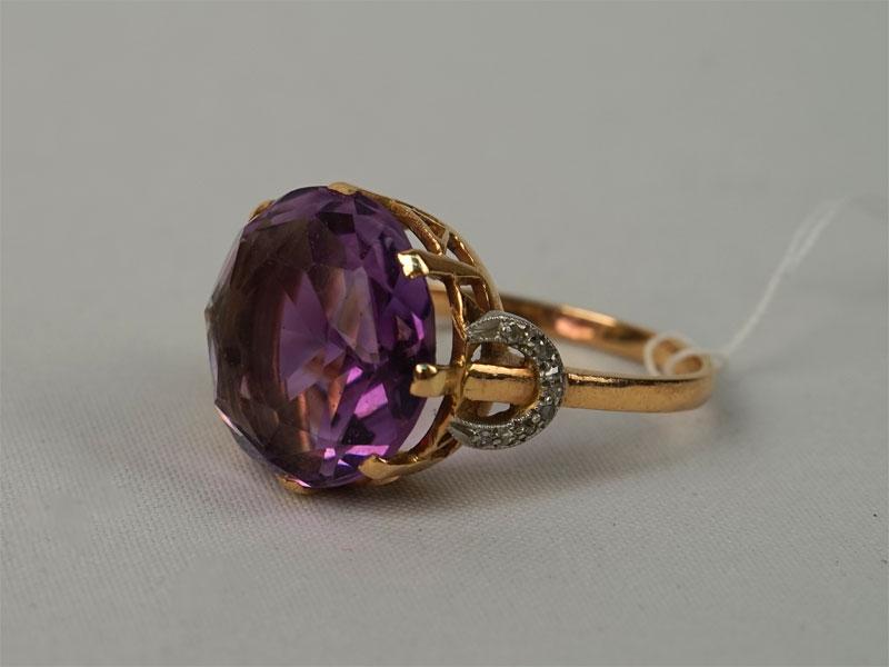 Антиквариат. Кольцо, золото 583 пробы, платина 950 пробы, аметист бриллиант