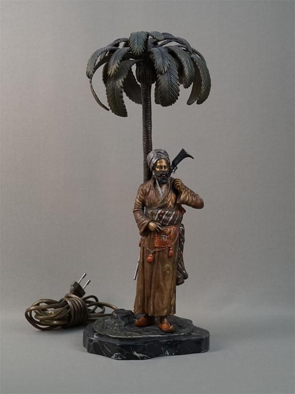 Антиквариат. Лампа настольная Араб венская бронза