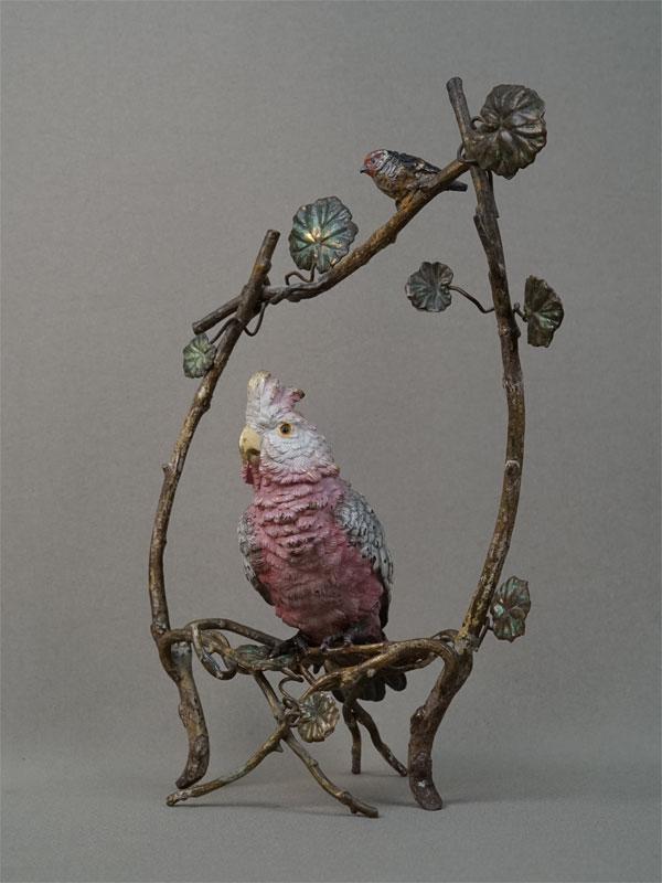 «Попугай иптичка», венская бронза, высота— 25,5см, конец XIX — начало XXвека