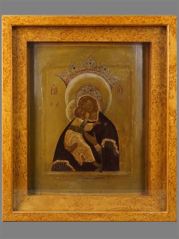 Икона «Пресвятая Богородица Владимирская-Волоколамская», дерево, левкас, темпера, XIXвек, 34×28см; киот