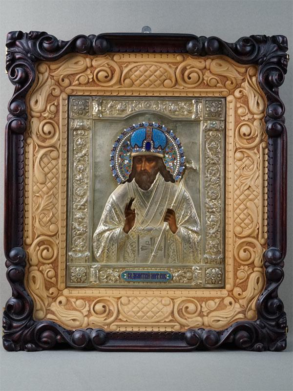 Икона «Святой Димитрий Митрополит Ростовский», дерево, смешанная техника. Оклад серебро 84пробы, золочение, эмаль. Размер иконы: 22×27см. Киот.