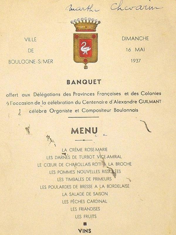 Меню Банкета вчесть столетия содня рождения знаменитого французского органиста  Александра Гильмара. 16мая 1937года. Сзакусками ивинами. Наобороте автографы участников банкета.