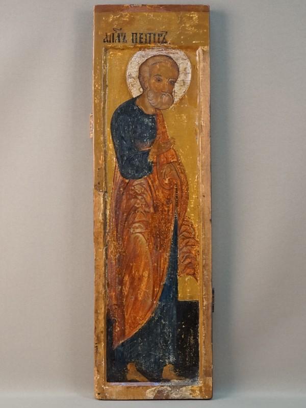 Икона «Святой Апостол Петр», дерево, левкас, пигменты, сусальное серебро, начало XVIIвека, 52,7×15,7см.