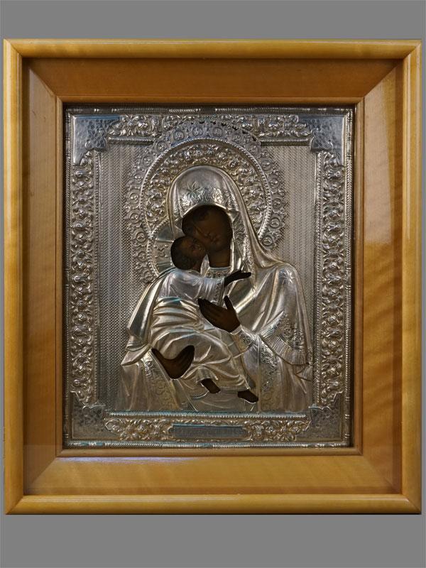 Икона «Пресвятая Богородица Владимирская», дерево, левкас, темпера, оклад серебро 84пробы, 1908-1917годы, 31,5×27см; киот.