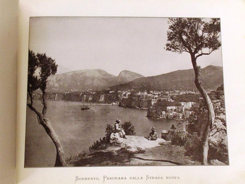 Неаполь иПомпеи. Три альбома фотографий. Fotogri Brogi, Италия, XXвек.