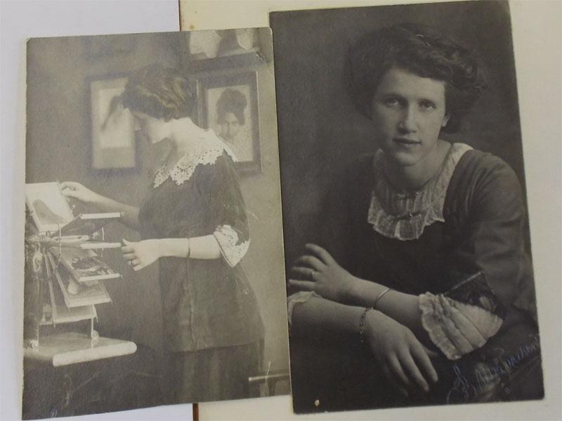 Кистенева, О.Н. Фотограф В.Шабельский, СПб., около 1915года. <i>Две работы. </i><p>Кистенева Ольга Николаевна, урожденная Вальтер (1890—1941),  художник, сестра Е.Вальтер.</p>
